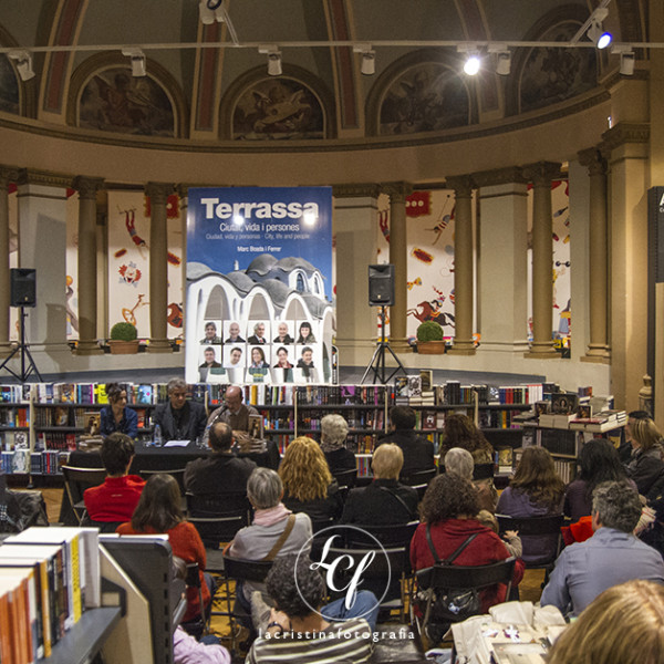 Congresos y Eventos :: Presentación libro Arianrod