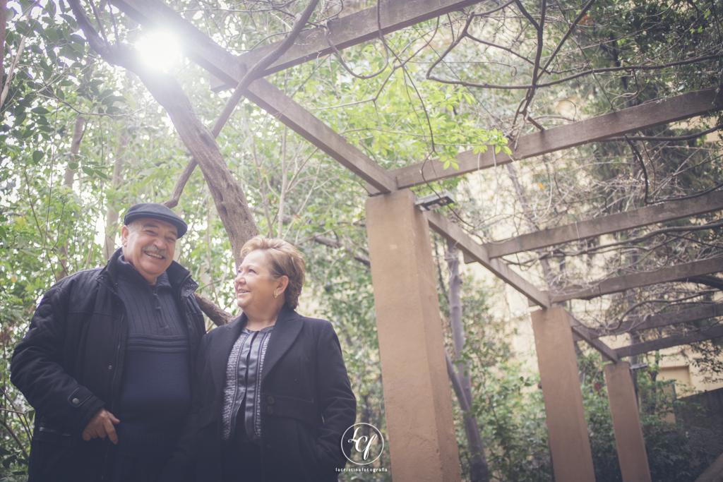 Fotografía familiar parque de la Tamarita Barcelona :: Fotografía Familiar Barcelona