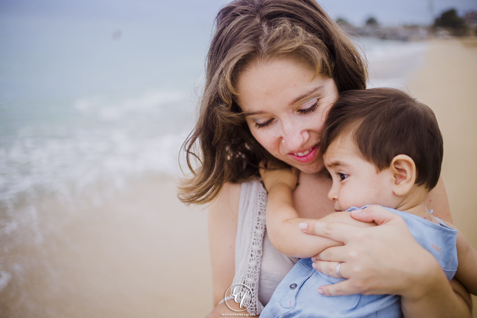 Fotógrafo de familia Barcelona :: Premià de mar :: Fotografía infantil :: Fotógrafo familiar :: fotografía familiar :: niños en la playa :: fotografía en la playa