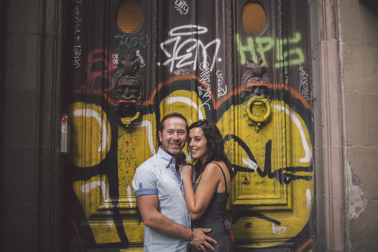 Fot grafo de pareja barcelona preboda en el g tico y - Fotografos de barcelona ...