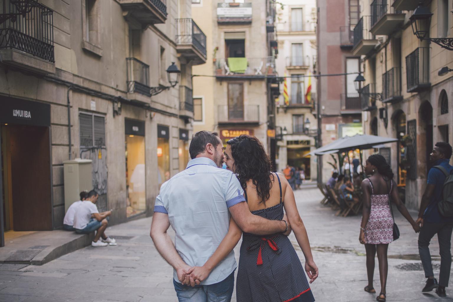 fotógrafo de pareja barcelona :: fotógrafo preboda barcelona :: fotografía romántica :: reportaje de pareja barcelona