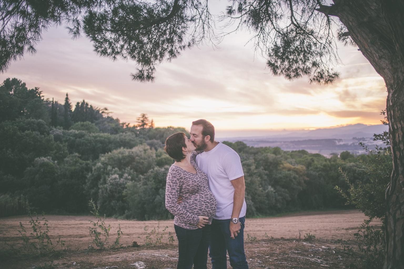 fotógrafo embarazo barcelona :: fotografía embarazo natural :: fotógrafo embarazo en el campo :: fotógrafo embarazo cardedeu