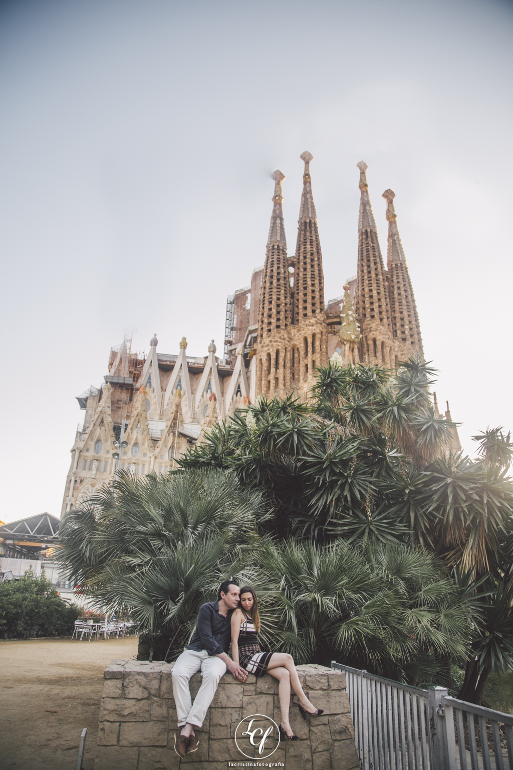 fotógrafo de boda barcelona :: fotógrafo de pareja :: ensayo de pareja barcelona  :: turistas braseiños en barcelona :: ensaio em barcelona