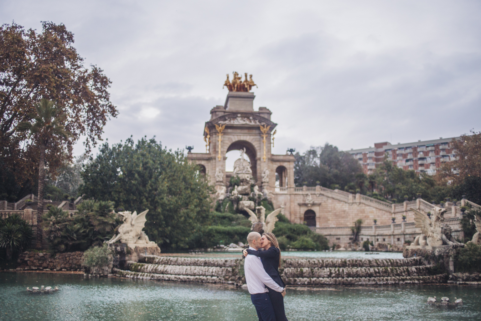 Fot grafo de parejas parc de la ciutadella la cristina fotografia - Fotografos de barcelona ...