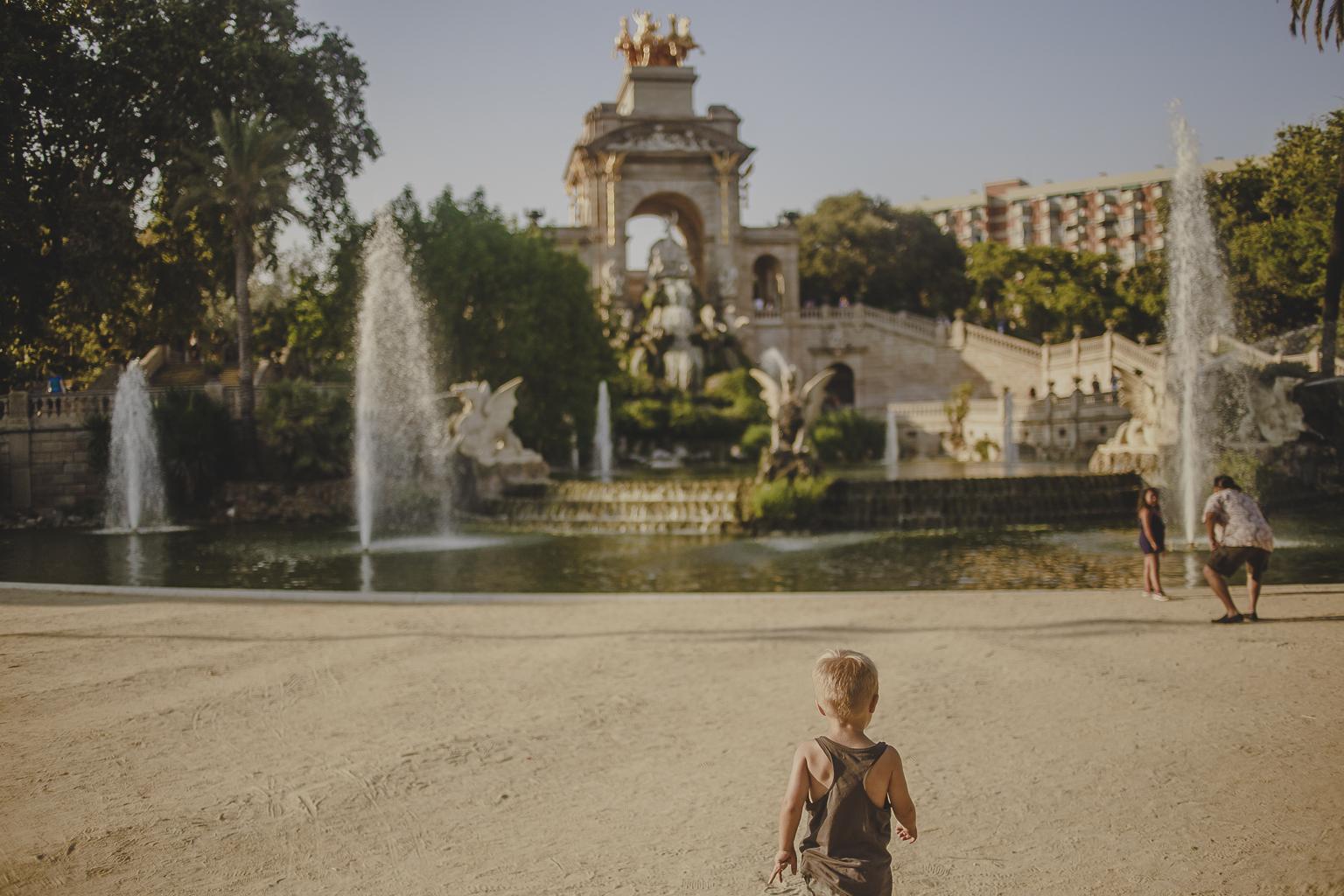 fotógrafo de familia :: fotógrafo familiar :: fotografía de familia Barcelona :: Parc de la Ciutadella