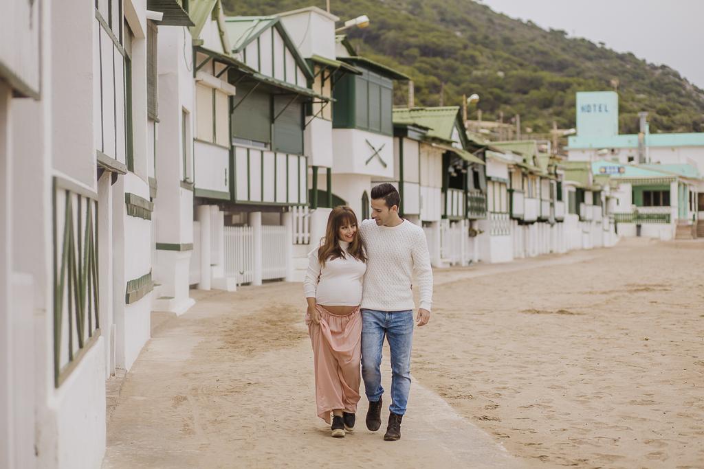 fotógrafo embarazo barcelona :: les casetes del garraf :: embarazada en la playa :: fotógrafo embarazo Barcelona :: Sitges