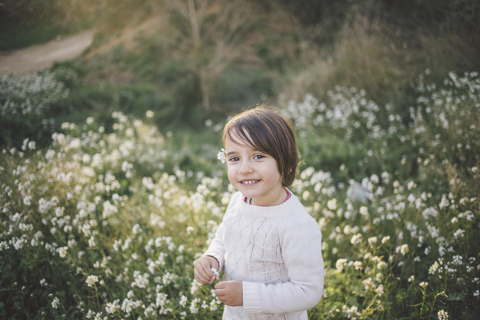 fotógrafo familiar Sant Cugat :: Fotógrafo de familia en sant cugat :: Fotógrafo de bebé en casa :: Fotografía de bebé en Sant Cugat :: Pi d'en Xandri