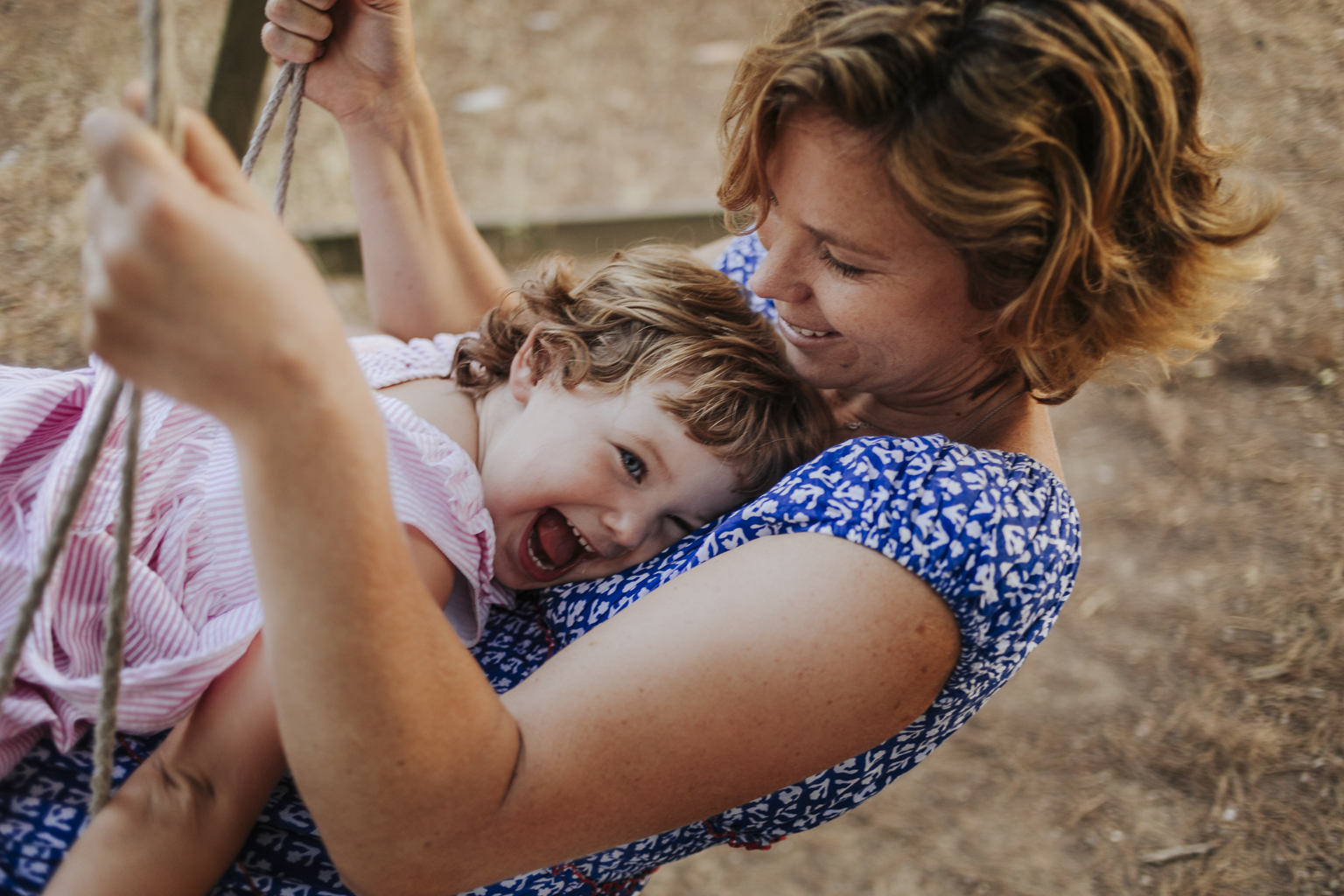 fotógrafo de familia Sant Cugat :: Fotógrafo de familia :: fotógrafo de familia Barcelona :: Fotógrafo natural :: familia en el campo :: Can Fatjó