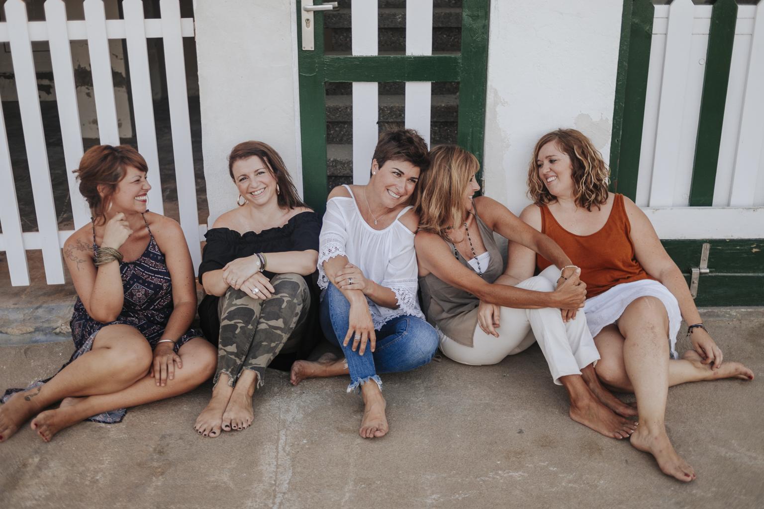 fotógrafo de grupo barcelona :: despedida de soltera barcelona :: fotógrafo de grupo de amigas :: fotógrafo en puerto deportivo :: fotógrafo de amigas :: fotógrafo barcelona