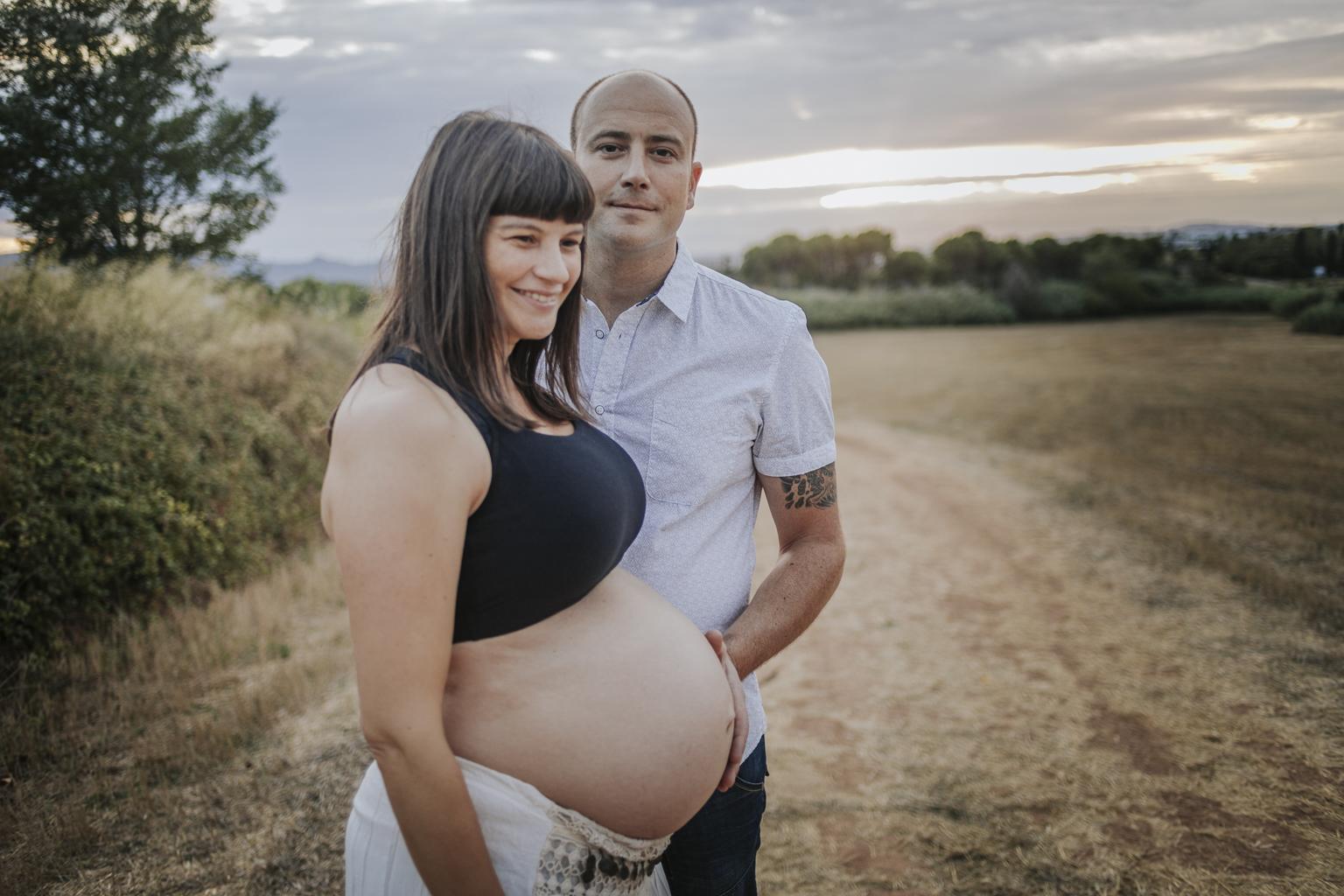 fotógrafo embarazo Sant Cugat :: turó de can mates :: fotografía de familia :: fotógrafo de familia Barcelona :: Fotógrafo de embazada natural