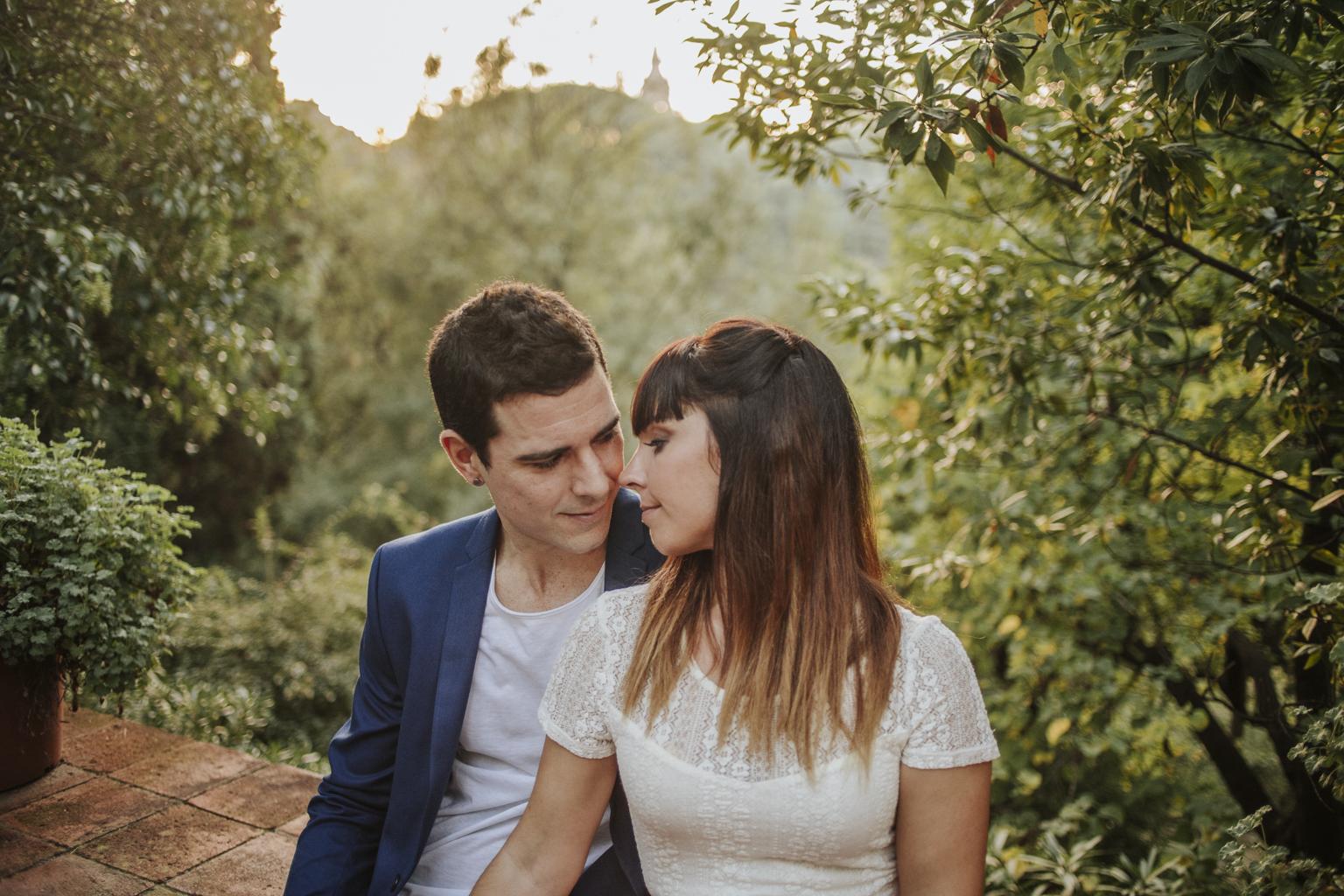 fotógrafo boda barcelona :: Barcelona Wedding photographer :: Montjuic :: Novia de color :: Fotógrafo boda Sant Cugat :: fotógrafo de boda natural