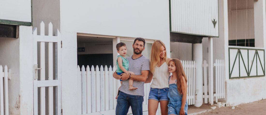 Fotógrafo de familia Barcelona :: Fotografía familiar Garraf :: Les casetes del Garraf :: Fotógrafo sitges :: Fotografía Sitges :: Fotografía Les casetes del Garraf