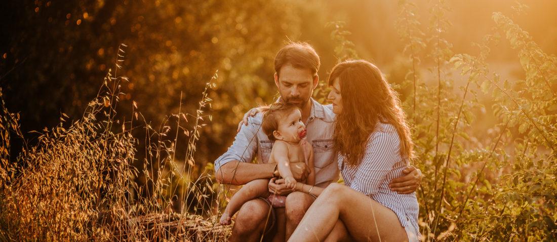 Fotógrafo de familia :: Reportaje en Cardedeu :: Fotografía de familia Barcelona :: Fotógrafo de familia natural :: Reportaje en el campo