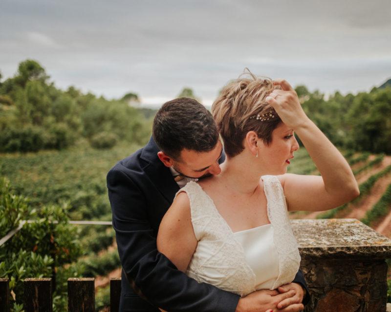 fotógrafo de boda barcelona :: barcelona wedding photographer :: barcelona indie wedding :: boda en bodegas abadal :: bodega abadal :: boda entre viñas :: boda en viñedo :: casaments al bosc