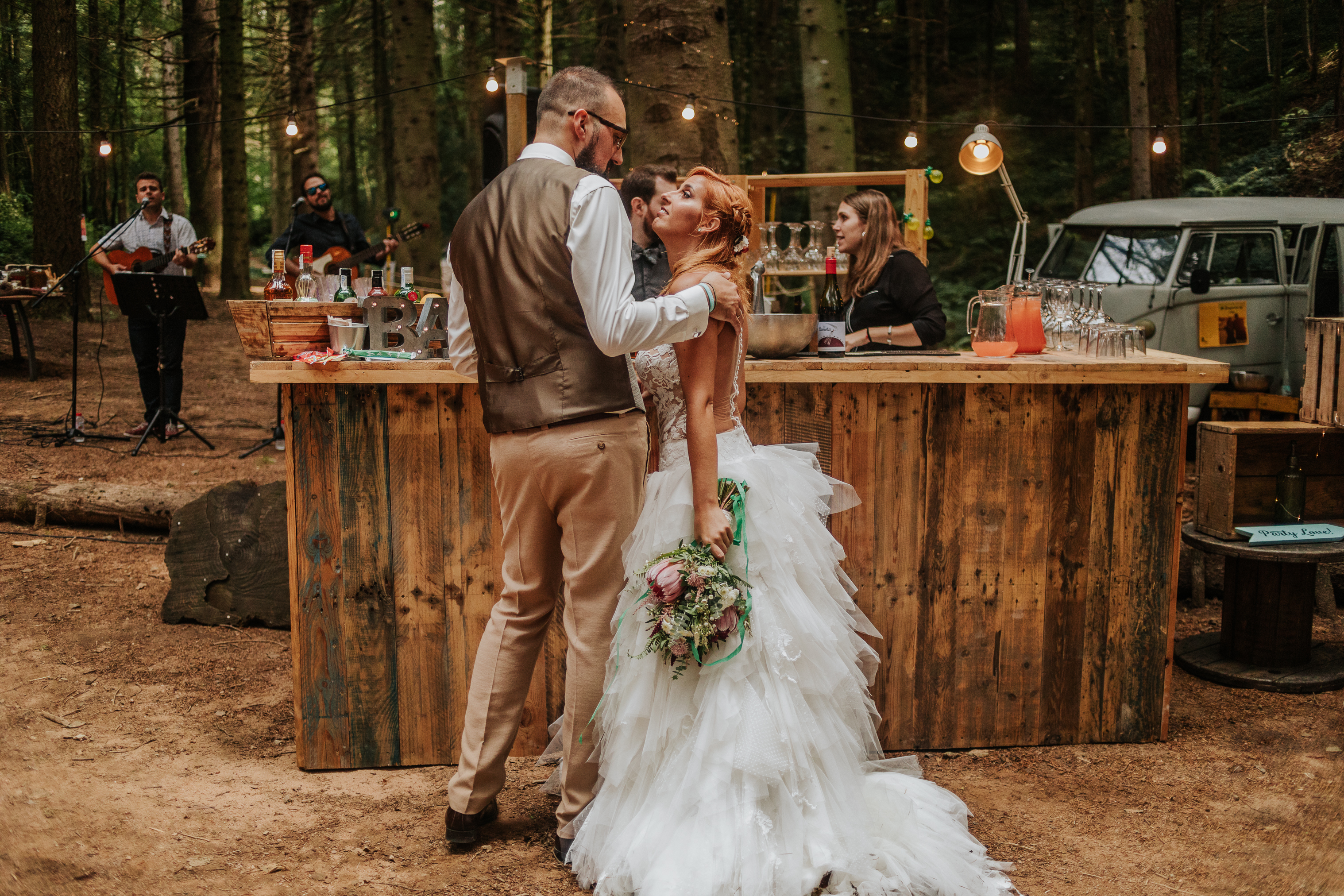 Fotógrafo de boda en Barcelona :: boda en el bosque :: boda romántica :: Boda indie :: Barcelona country wedding :: Indie Wedding